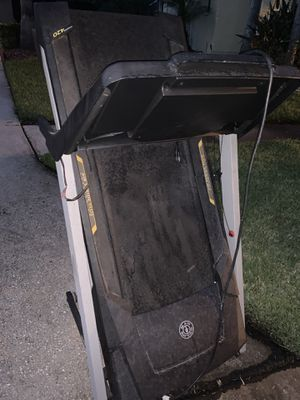 Treadmill Free Must Pick Up for Sale in Tampa, FL