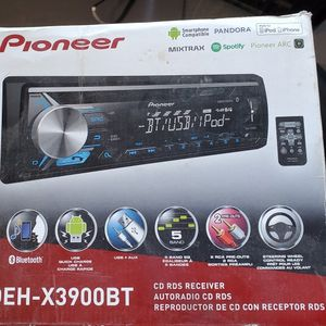 Pionner DCH-X3900BT for Sale in Newman, CA