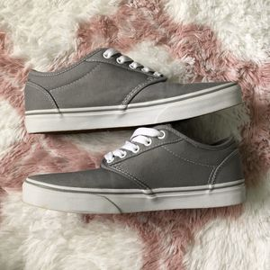 Vans shoes (grey and white) for Sale in Waipahu, HI