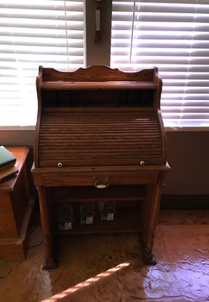 Real wood roll top desk! Trade for 2 night stands for Sale in Las Vegas, NV