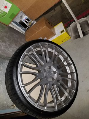 ROAD FORCE staggered wheels 22 inch 5x114.3 for Sale in Arcadia, CA