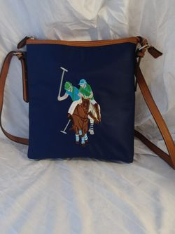 Us polo crossbody purse hipster Bag New for Sale in Huttonsville,  WV