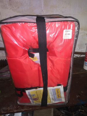 4 Life jackets for Sale in Columbus, OH
