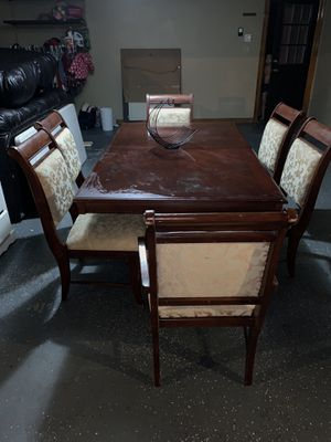 Kitchen table with 6 chairs for Sale in Mission, TX