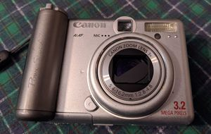 Canon Power Shot A75.3.2 Megapixels Digital Camera With carrying bag for Sale in Baton Rouge, LA