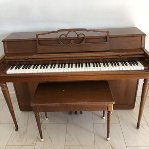 Wurlitzer Upright Piano for Sale in Los Angeles, CA