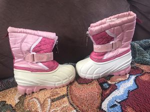 Toddler Winter Boots Size 6 for Sale in Chula Vista, CA