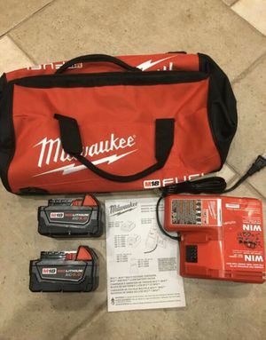 Milwaukee M18 18-Volt Lithium-Ion XC Starter Kit with (2) 5.0Ah Batteries, Charger & Contractor Bag for Sale in Lemont, IL