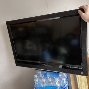 32 Inch Flat Screen Tv for Sale in Valrico, FL