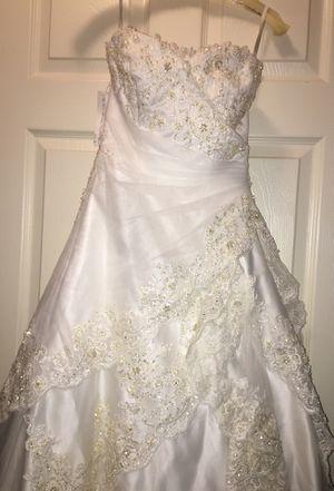 Size 2 wedding dress for Sale in Lumberton, TX