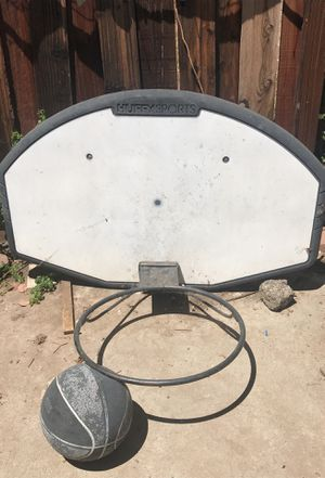 Basketball hoop for Sale in Moreno Valley, CA