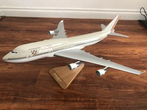 Airplane Model Asiana Airlines 1:100 B747 for Sale in Torrance, CA