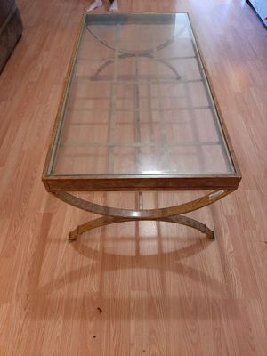 2 lamps 2 side tables and large table for Sale in Greenville, SC