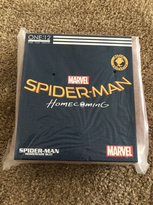 Mezco Homecoming Homemade Suit Spider-Man for Sale in Ontario, CA