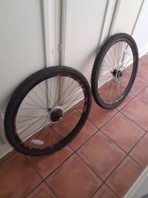 29 inch mountain bike wheels ans tires for Sale in Austin, TX
