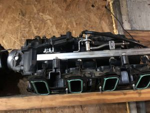 LS intakes cathedral and square port 4.8 5.3 6.0 and 6.2 intake , Throttlebody , injectors , fuel lines , etc. OEM parts GMC chevy LS swaps for Sale in Fort Lauderdale, FL