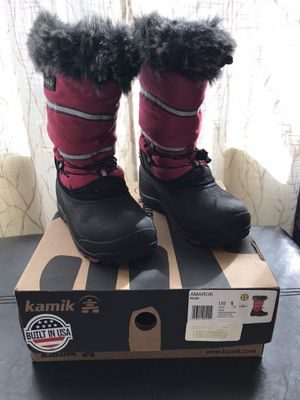 Girls Snow Boots (Size 1) for Sale in Anaheim, CA