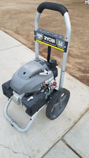 Ryrobi 2800 psi pressure washer powered by honda for Sale in Moreno Valley, CA