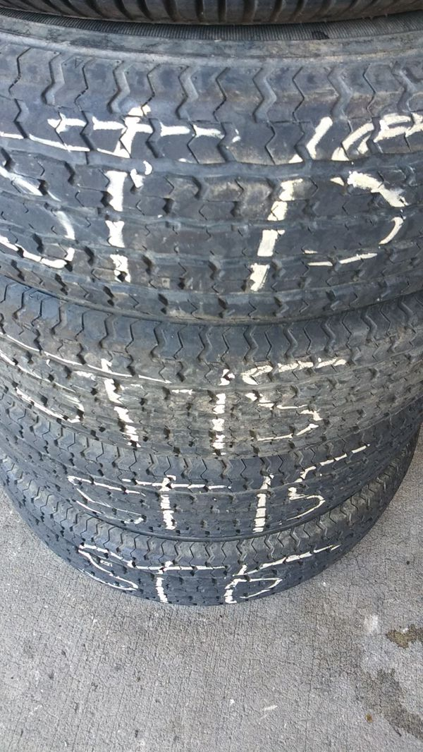 Trailer tires ST15