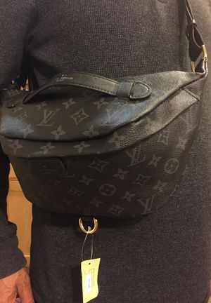 ac03f18ed10f New and Used Waist bag for Sale in Castro Valley, CA - OfferUp