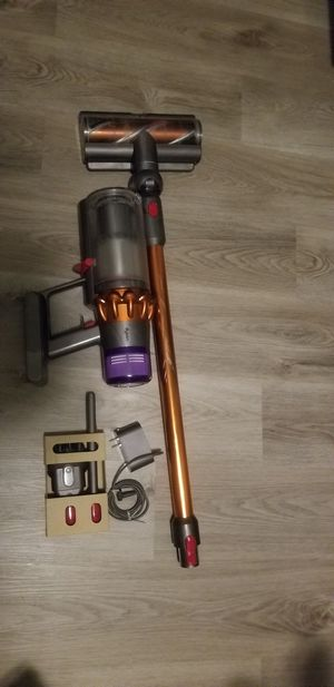 Dyson v11 torque for Sale in Virginia Beach, VA