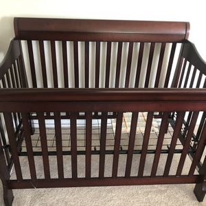 Crib for Sale in McDonald, PA