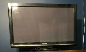 "Panasonic viera 42"" Plasma TV for Sale in Canyon Lake, CA"