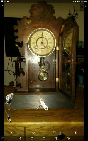 Antique clock for Sale in Uniontown, OH