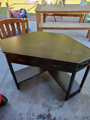 Computer desk for Sale in Kent, WA