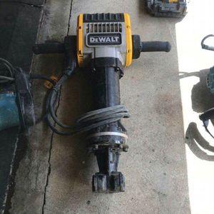 Multi-tool kit for Sale in Burbank, CA