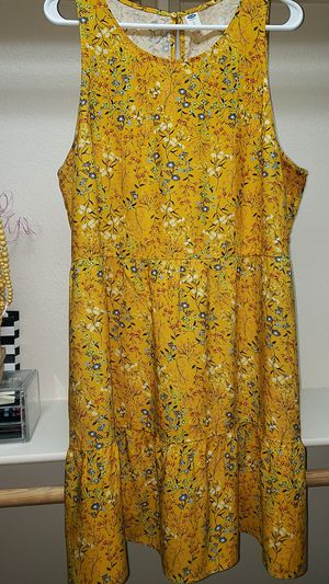 XL WOMAN'S YELLOW SUMMER DRESS for Sale in Las Vegas, NV