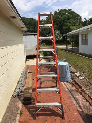 8 ft. Ladder Double sided for Sale in Tampa, FL