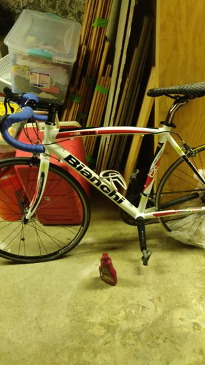 road bike 51cm BIANCHI (The price is fixed) Does not include carbon wheel PRICE: 1000$ for Sale in Boston, MA