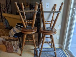 Four swivel top stools.... great shape for Sale in Damascus, OR