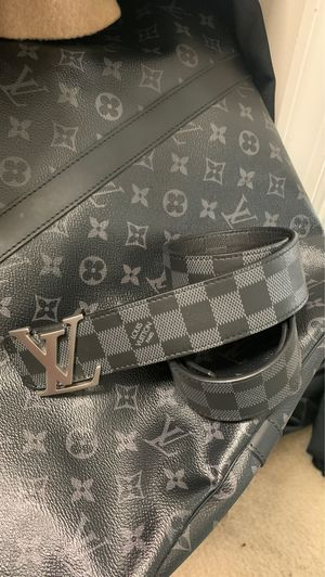 Louis Vuitton 55 carry all bag plus daimer belt 1500 for Sale in Waldorf, MD