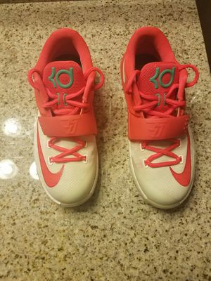 Youth Nike KD 7 for Sale in Williamston, NC