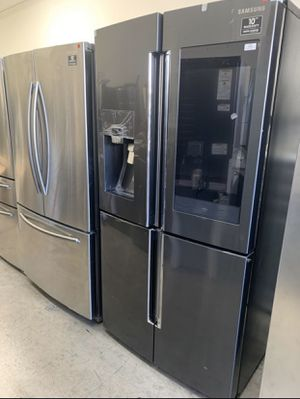 Black Stainless Samsung Family Hub 4-Door French Door Refrigerator for Sale in Santa Ana, CA