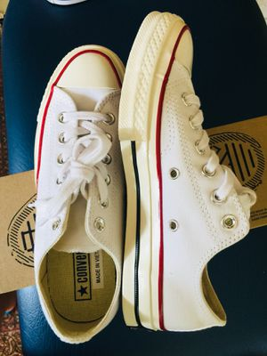 Converse All Star Chuck Taylor White/Black/Red Women size6.5 Brand new never worn for Sale in Pasadena, MD