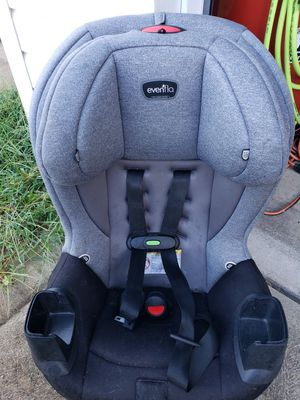 Evenflo Car Seat Good Conditon for Sale in Indianapolis, IN