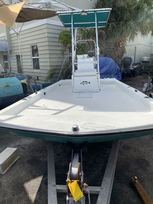 19 ft center console full deck fishing/work boat for Sale in Hollywood, FL