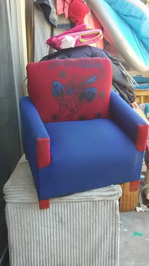 """Spiderman""🕸️ kids chair for Sale in Fresno, CA"