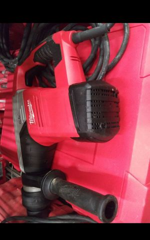 MILWUAKEE CORDED 1-9/16 ROTARY HAMMER LIKE NEW for Sale in San Bernardino, CA