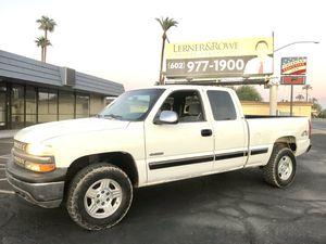 2001 Chevy Silverado 4x4 for Sale in Phoenix, AZ