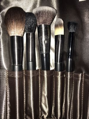Macy's Makeup Brushes / New & Used / Elf for Sale in Moreno Valley, CA