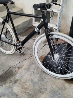 SOLE FIXIE / SINGLE SPEED BIKE 55 cm for Sale in Los Angeles,  CA
