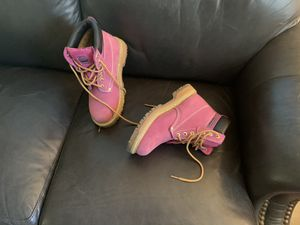 Ladies Pink boots Groundwork's for Sale in Glen Mills, PA