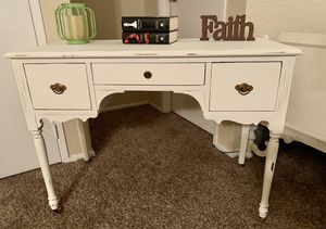Antique Shabby Chic Cream Desk/Vanity / Entry Table for Sale in Kent, WA