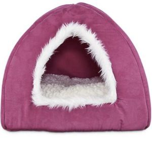 NEW Harmony Hooded Igloo Cat Bed w/ Reversible Inner Pillow (tags attached) for Sale in North Bethesda, MD