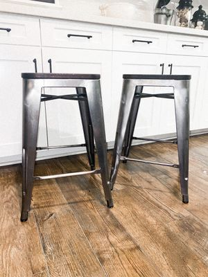 KITCHEN COUNTER HEIGHT BAR STOOLS SET (2) for Sale in Ontario, CA