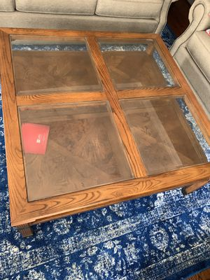 Coffee table with 2 side tables for Sale in Jamestown, NC